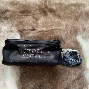 VICTORIA'S SECRET travel bra lingerie purse NWT
